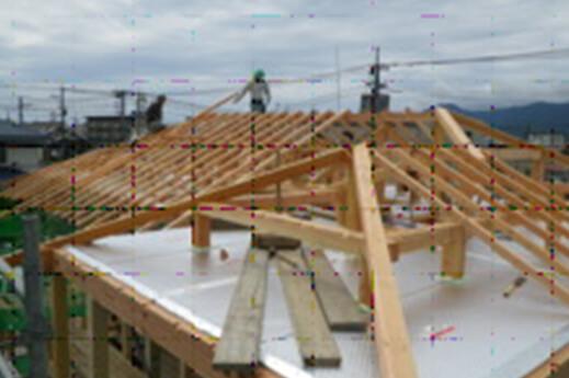step5 木工事・屋根工事・断熱工事 母屋、棟木を設置